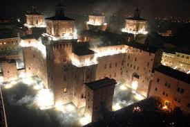 incendio al castello ferrara dove dormire